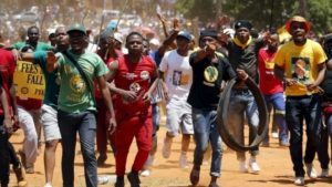 Selfish politicians pander on SA unemployed youth