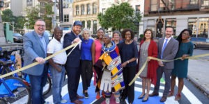 Gogo Esther honoured with Xola in New York - PICTURES