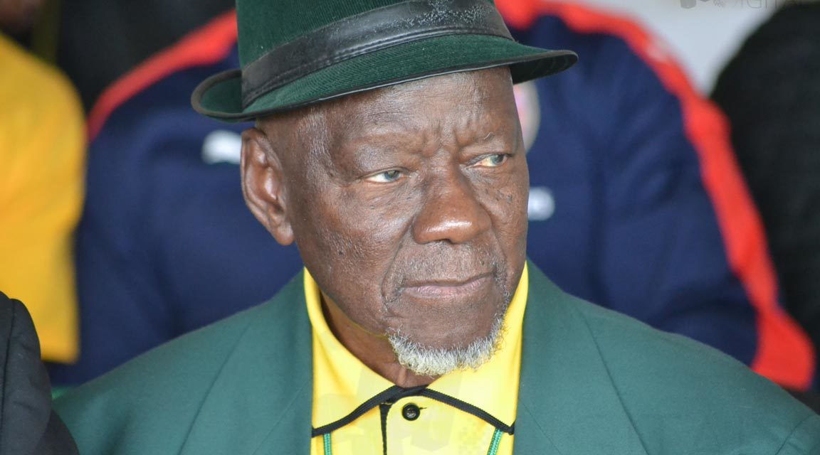 Sam Nzima angered by dogs in Hector Pieterson photo