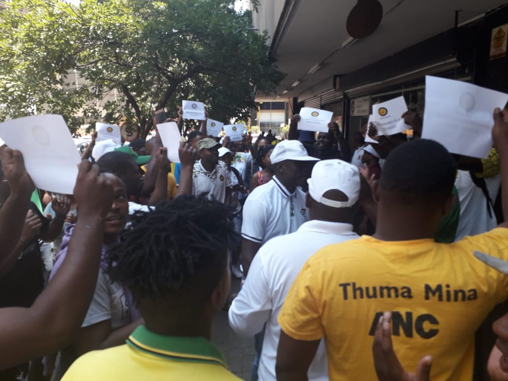 "Mokako ""frustrated"" branches picket outside Luthuli House"