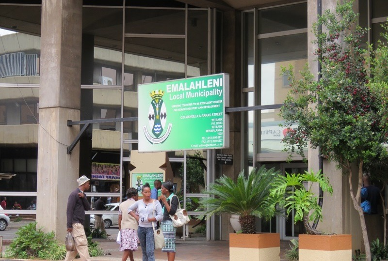 Union demands two eMalahleni municipal workers accused of stealing microwaves are reinstated