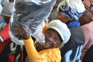 Sgudla donates beds, blankets to church members during SANCOTA's final push