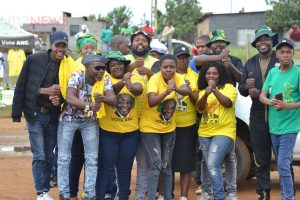 Nhlabathi takes campaign to his Chrissiesmeer home