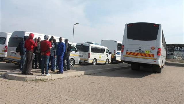 Police shoot dead 4 Secunda taxi drivers