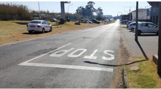 AfriForum fixes, paints neglected Witbank roads
