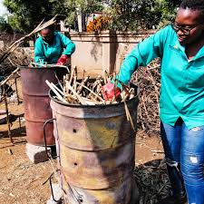 Turn agricultural waste into charcoal and make money